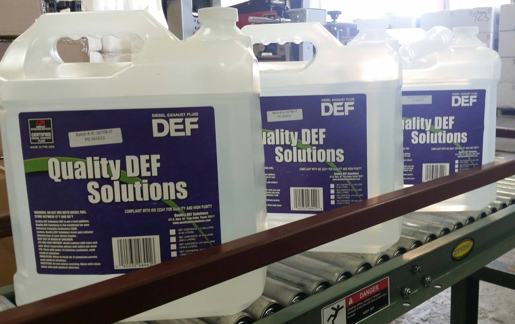 2.5 Gallon Quality DEF Solutions Jug